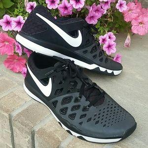 Nike Training men's shoes sneakers